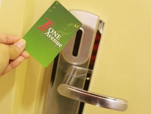 One Avenue Hotel Kuala Lumpur - Key card