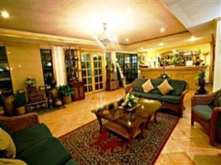 Villa Margarita Hotel Давао - Лоби