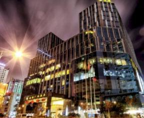 /kunming-golden-eagle-summit-hotel/hotel/kunming-cn.html?asq=jGXBHFvRg5Z51Emf%2fbXG4w%3d%3d