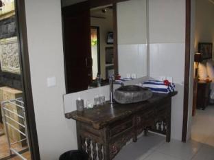 Bali Santi Bungalows Bali - Suite Bathroom