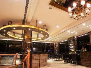 Harbor Resort Hotel