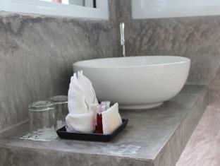 Grand Hill Residence Samui - Bathroom