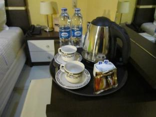 Wisma Sederhana Budget Hotel Medan - Habitació