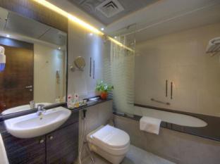 Marina View Deluxe Hotel Apartment Dubai - Bathroom