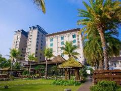 Queena Plaza Hotel | Taiwan Budget Hotels