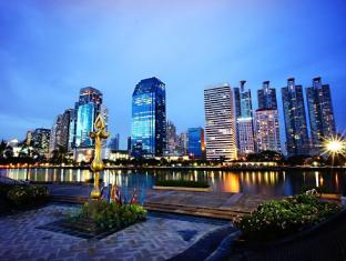 Best Western Plus At 20 Sukhumvit Bangkok - Benjasiri Park