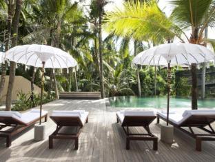 Komaneka at Rasa Sayang Ubud Hotel Bali - Swimming Pool