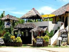 Hotel in Philippines Bohol   Charts Resort & Art Cafe