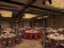 Hotel Icon: ballroom