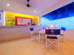 Cantaloupe Aqua Beach Club Hotel Unawatuna - Coconut restaurant and bar