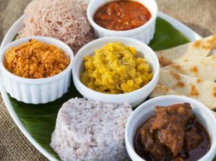 Cantaloupe Aqua Beach Club Hotel Unawatuna - Sri Lankan Cuisine