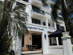 One Crescent Place Hotel Philippines