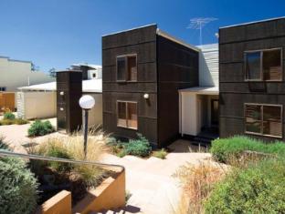 /lornebeach-apartments/hotel/great-ocean-road-apollo-bay-au.html?asq=jGXBHFvRg5Z51Emf%2fbXG4w%3d%3d