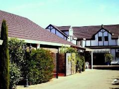 Tudor Lodge Motel | New Zealand Hotels Deals