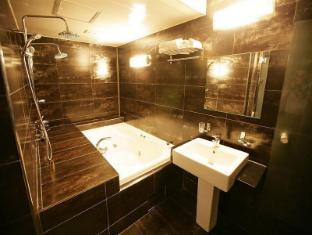 Hotel Mare Gangnam Seoul - Bathroom