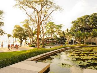 Northpoint Private Residence Club Pattaya - Beach side area