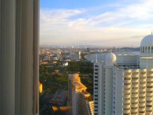 Northpoint Private Residence Club Pattaya - Pattaya bay from 2 bedroom corner