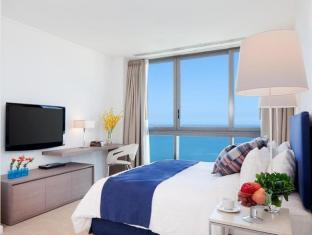 Northpoint Private Residence Club Pattaya - 2 Bedroom middle master bedroom
