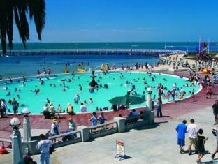 Parkwood Motel & Apartments Geelong - Eastern Beach promenade