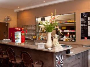 The Willow Boutique Hotel Phnom Penh - Pub/Lounge