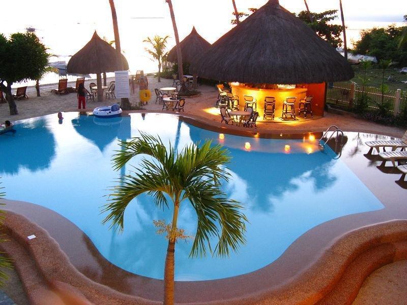 Linaw Beach Resort and Restaurant1
