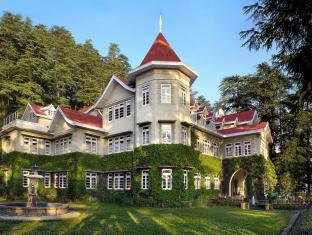 WelcomHeritage Woodville Palace Hotel