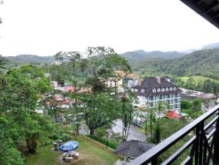 Parkland Apartment Cameron Highlands - View from Balcony