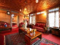 Royal Dandoo Palace- House Boat