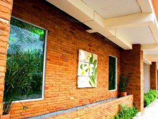 Casa Narinya Hotel at Suvarnabhumi Airport Bangkok - Exterior