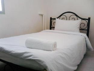 Asoke Montri Hostel Bangkok - Single Bed Private Shared Bathroom