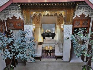 /ja-jp/riad-dar-zahia/hotel/marrakech-ma.html?asq=m%2fbyhfkMbKpCH%2fFCE136qenNgCzIYIJCg6K3r4k5Tbef%2bz0TTiA2v%2bzjT8AYWwEy