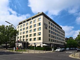 佩斯塔纳柏林蒂尔加滕酒店
