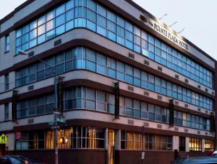 /pointe-plaza-hotel/hotel/new-york-ny-us.html?asq=vrkGgIUsL%2bbahMd1T3QaFc8vtOD6pz9C2Mlrix6aGww%3d