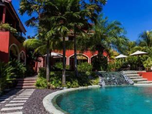 PinkCoco Bali Hotel