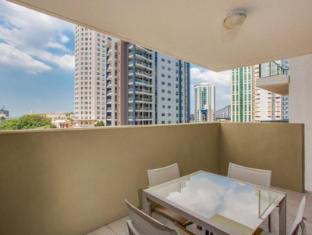 Republic Serviced Apartments Brisbane - 1 Bedroom Apartment