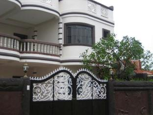 Pe're Aristo Guesthouse Cebu - Exterior
