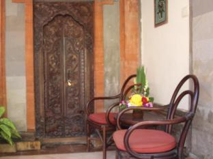 Hotel Sanur Indah Bali - sitting area