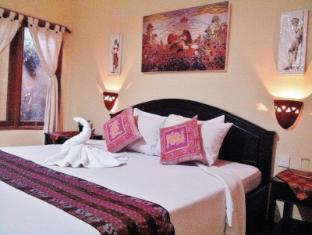 萨努尔英达酒店