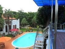 River View Resort: swimming pool