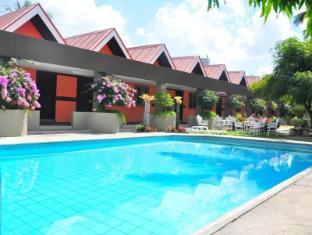 Maharajah Hotel Angeles / Clark - Kid's pool