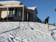 Station Lodge   New Zealand Budget Hotels