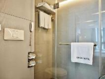 Hong Kong Kings Hotel: bathroom