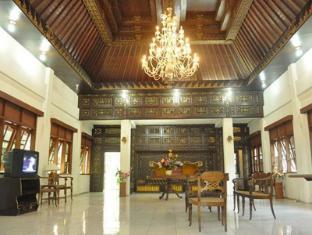 Lodging Hotel Sadinah Solo (Surakarta) - Lobby