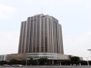 /jinling-plaza-changzhou/hotel/changzhou-cn.html?asq=jGXBHFvRg5Z51Emf%2fbXG4w%3d%3d