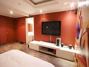 Joy Tourist Hotel Daejeon - Külalistetuba