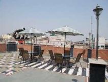 Hotel Revels Plum: restaurant
