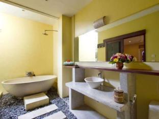Sandat Mas Cottages Bali - Bathroom