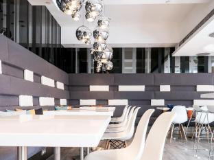 Ovolo West Kowloon Hong Kong - Coffee Shop/Cafe