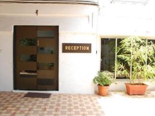 7 Flags International Mumbai - Reception Entrance