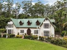 Mt Tamborine Stonehaven Guest House: exterior